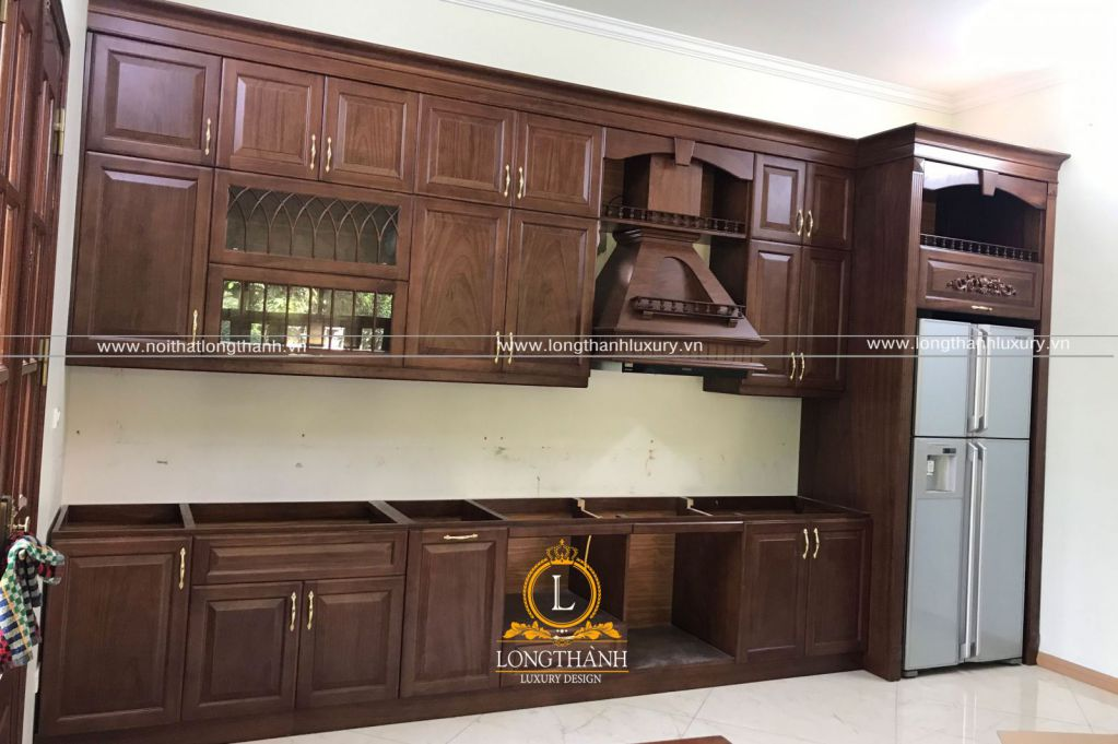 Hình ảnh thực tế thi công hoàn thiện nội thất công trình nhà chú Long tại Sơn Tây