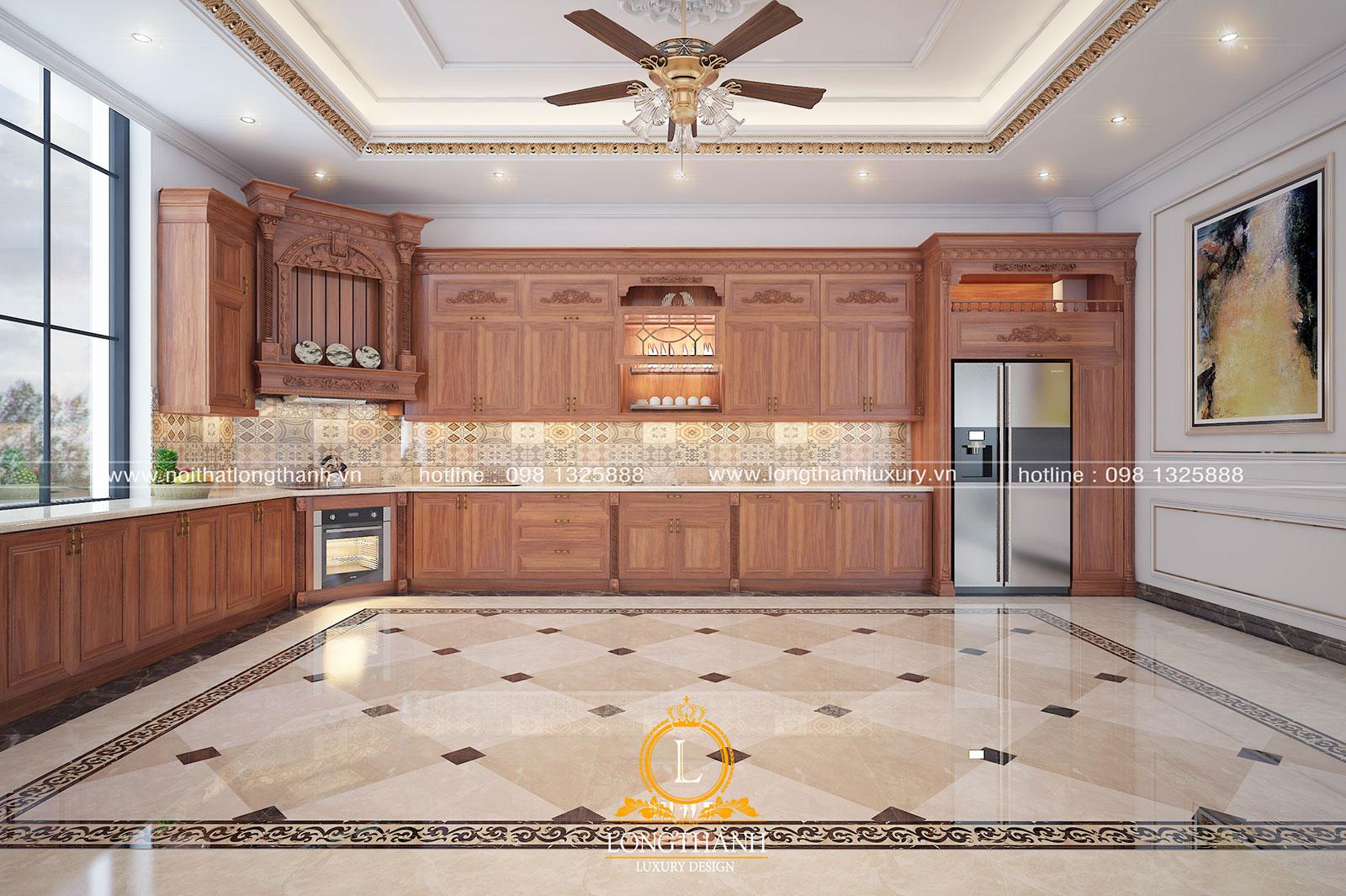 Mẫu tủ bếp gỗ tự nhiên với đường nét trang trí đơn giản mà toát lên sự sang trọng