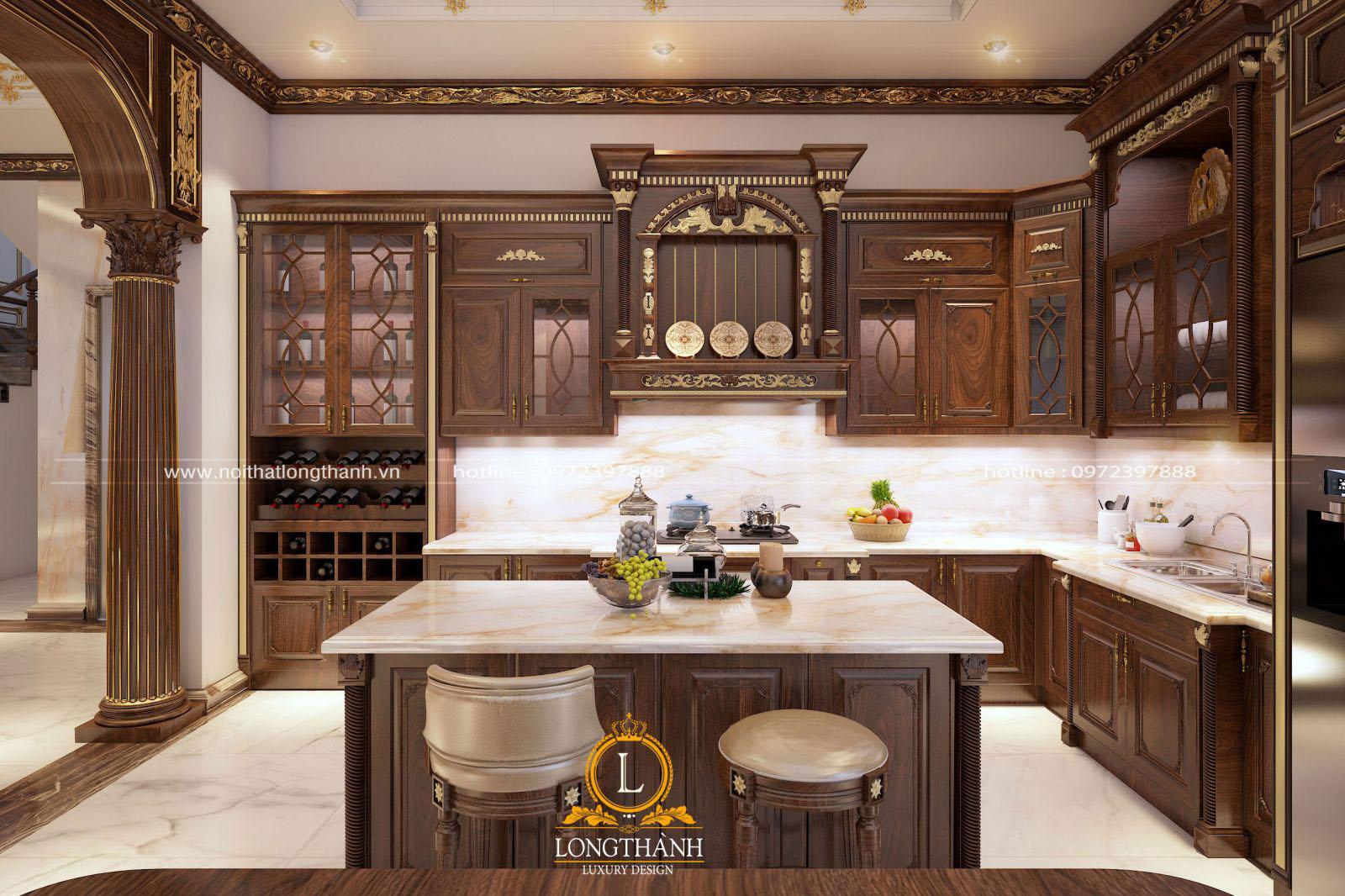 Mẫu tủ bếp dát vàng hoa văn sang trọng cho nhà biệt thự