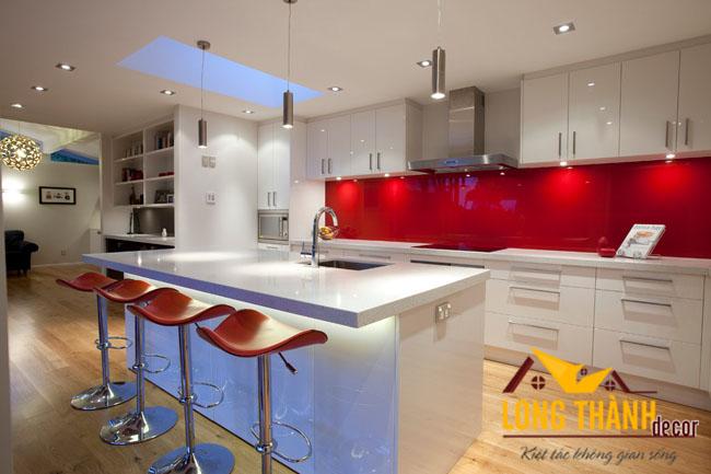 Tủ bếp gỗ Acrylic LT03