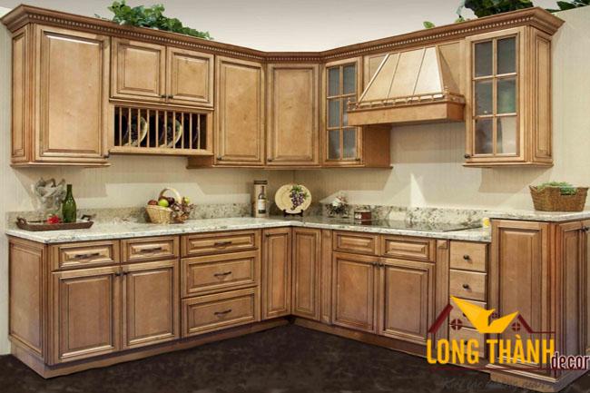 Tủ bếp gỗ tự nhiên sơn PU LT07