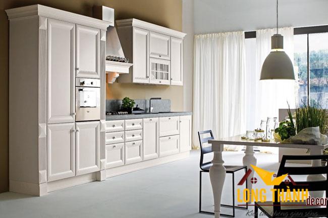 Tủ bếp gỗ tự nhiên sơn trắng LT05