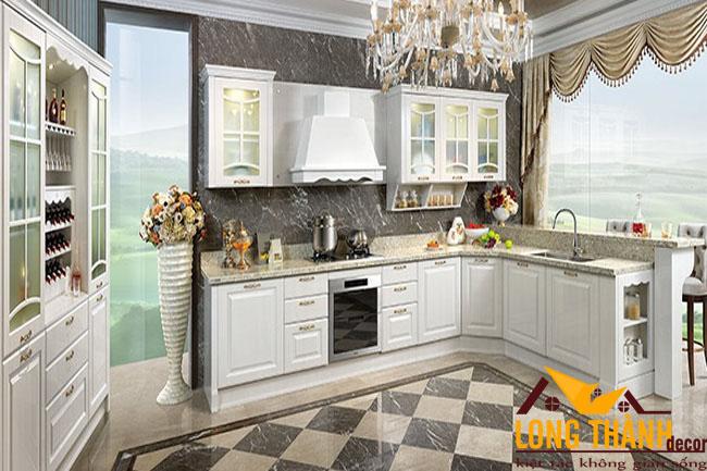 Tủ bếp gỗ tự nhiên sơn trắng LT31