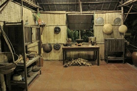 Không gian bếp Việt sưa
