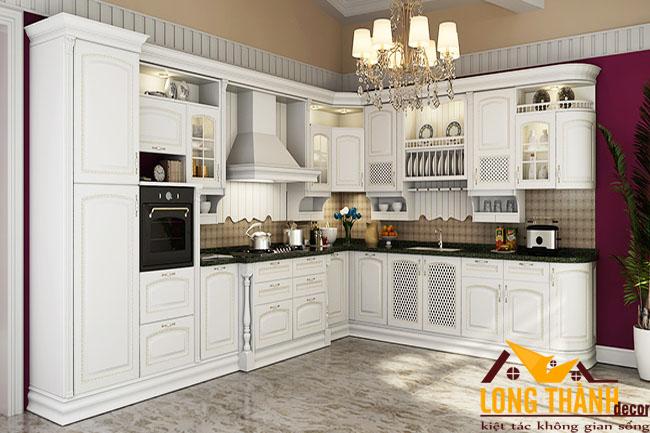 Vẻ đẹp sang trọng, mực thước của tủ bếp tân cổ điển gỗ tự nhiên sơn trắng