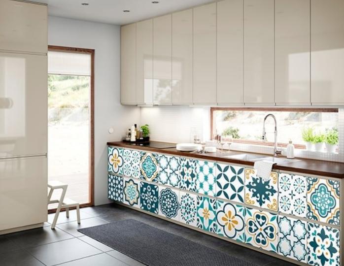 Mẫu giấy dán bếp vừa chống dầu mỡ vừa đẹp cho không gian bếp
