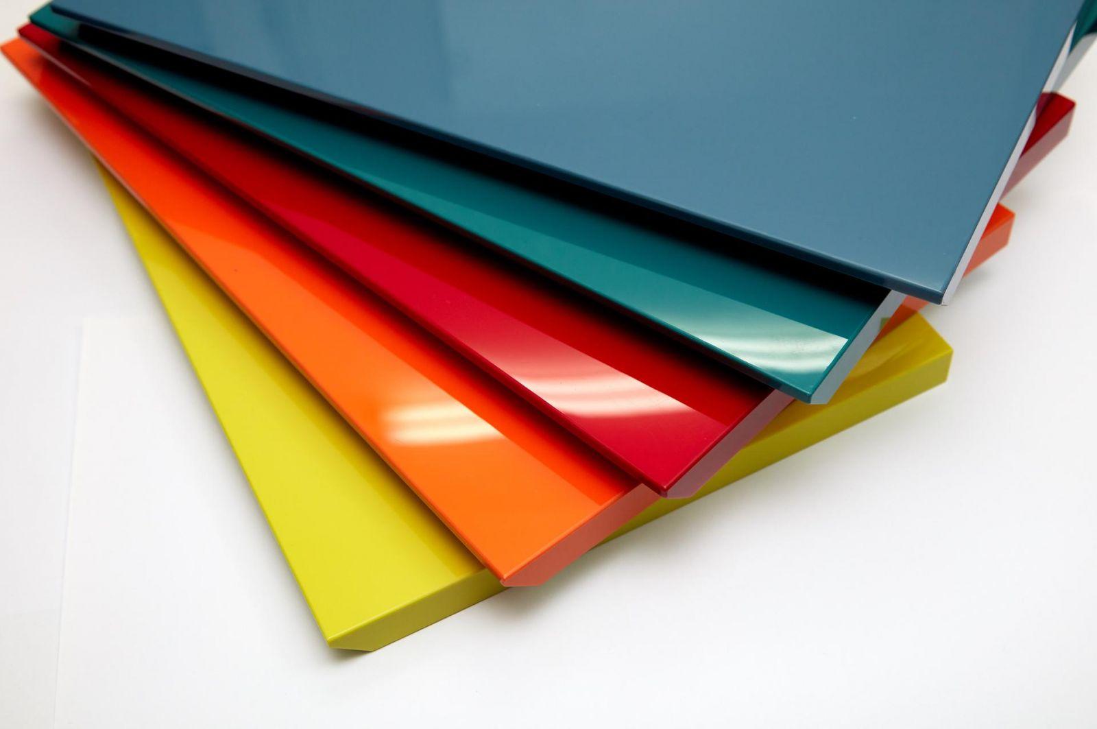 Màu Acrylic là gì? Toàn bộ kiến thức về màu Acrylic