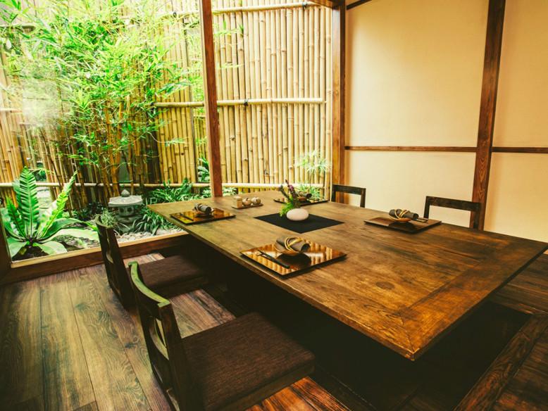 Thiết kế nhà hàng phong cách Nhật Bản đẹp và sang trọng