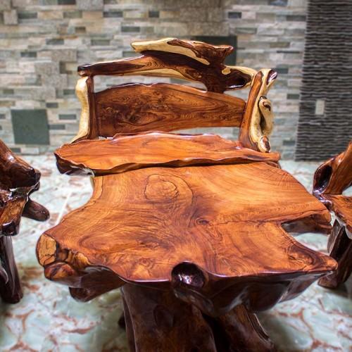 Cẩm Lai đỏ được đánh giá cao hơn các dòng gỗ khác