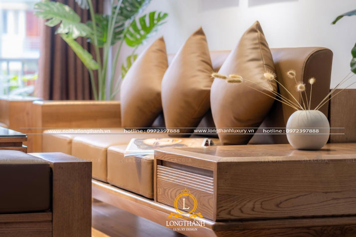 Ghế sofa sử dụng phù hợp cùng không gian