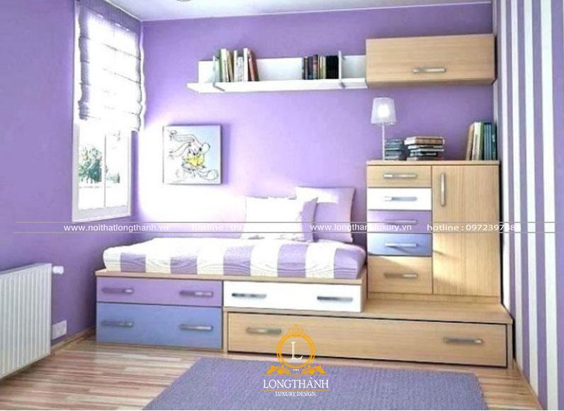 Phòng ngủ hiện đại nhỏ nhắn tiện nghi với chiếc giường kê sát tường