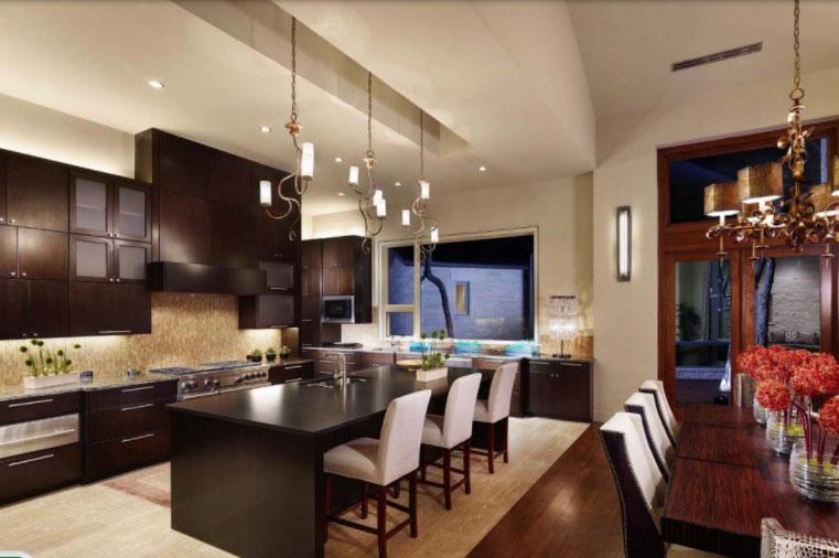 Không gian nhà bếp đẹp được thiết kế mang phong cách Á Đông đương đại