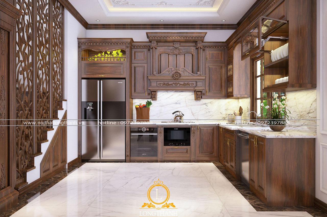 Phòng bếp chữ L gọn thoáng hơn nhờ sử dụng hệ tủ lưu trữ dạng Module do nội thất Long Thành thiết kế