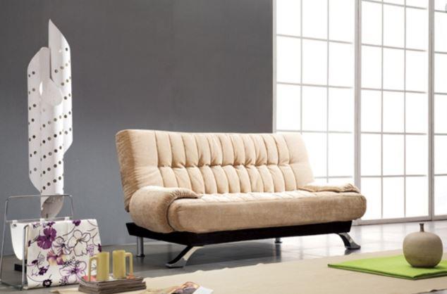 Mẫu sofa với gam màu be nhẹ nhàng phù hợp với những căn hộ chung cư
