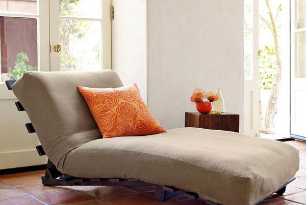 Mẫu sofa lười chân gỗ thấp