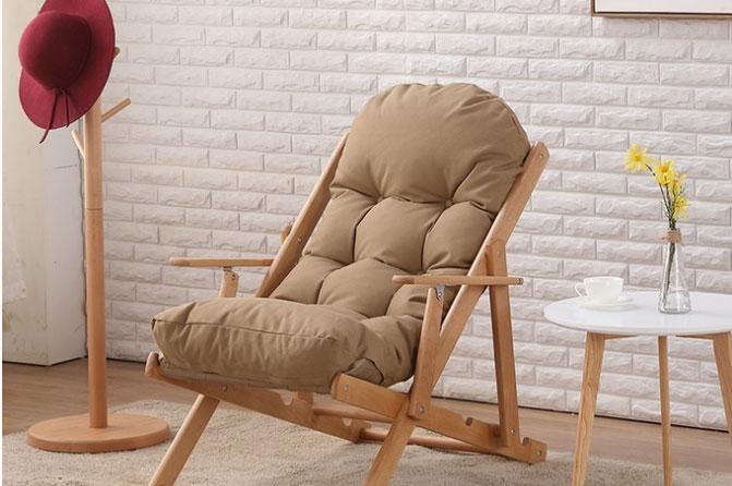 Mẫu sofa lười thiết kế chân cao