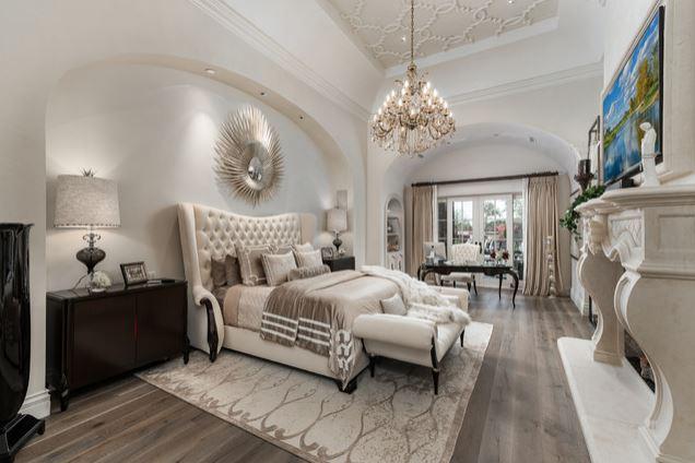 Mẫu phòng ngủ biệt thự với phong cách Pháp sang trọng và tinh tế