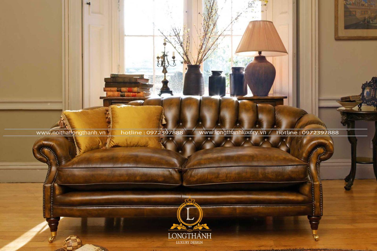 Sofa cổ điển bọc da có độ bề đẹp theo thời gian