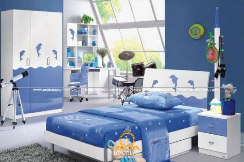Trong phòng ngủ hiện đại bố trí đồ giải trí cho bé