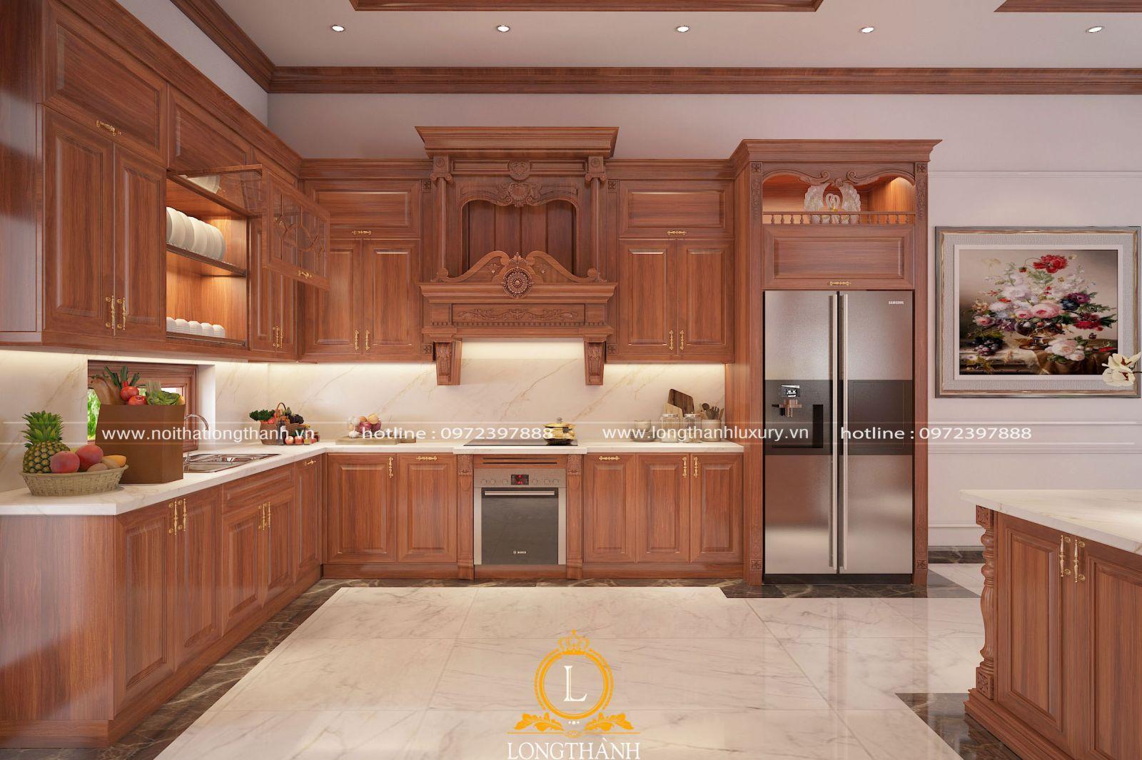 Bộ tủ bếp tân cổ điển với gam màu vàng bóng đẹp và chất lượng từ gỗ Gõ tự nhiên
