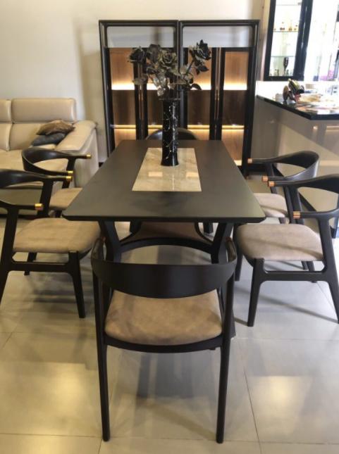 Thiết kế bàn ăn đơn giản 6 ghế