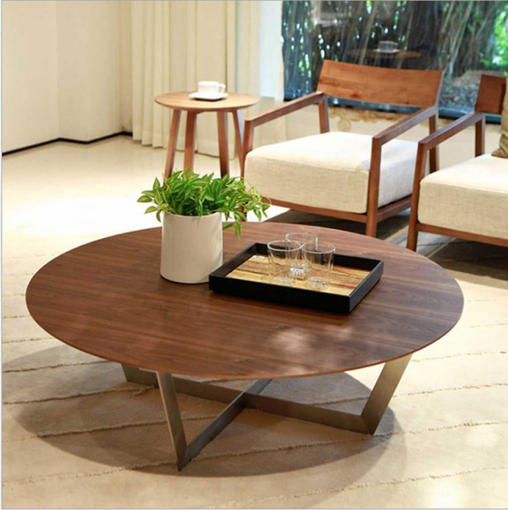 Bàn sofa tròn bằng gỗ nhỏ gọn