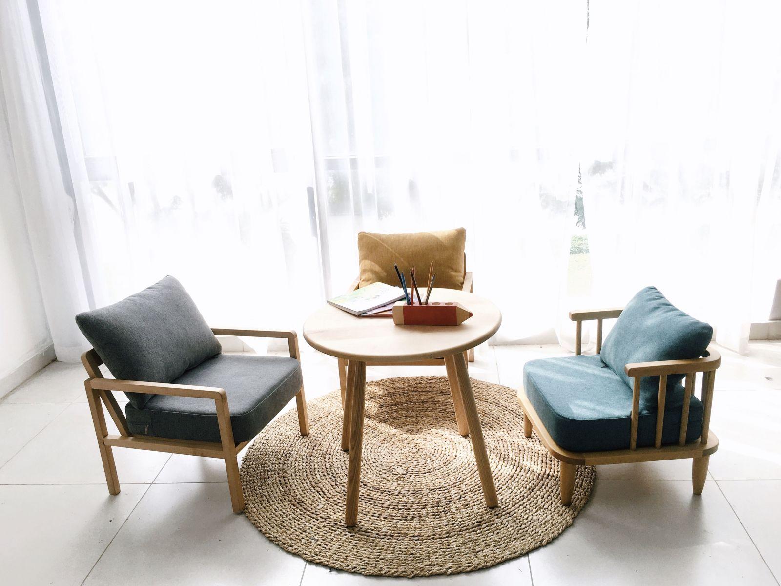 Bàn sofa tròn cho không gian thư giãn