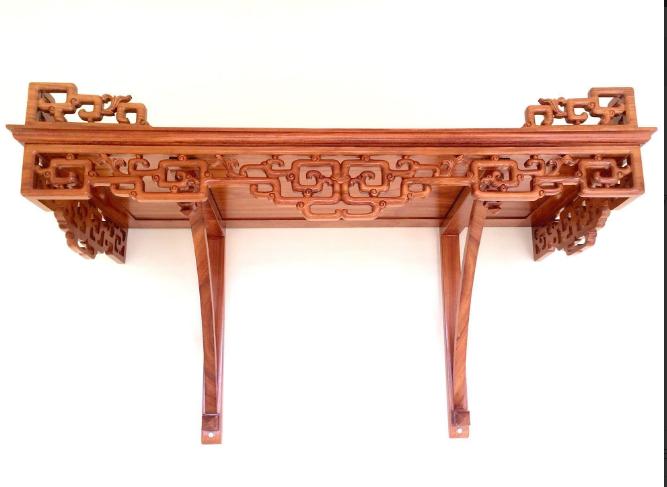 Mẫu bàn thờ treo tường phong cách tân cổ điển cho thiết kế nhà chung cư