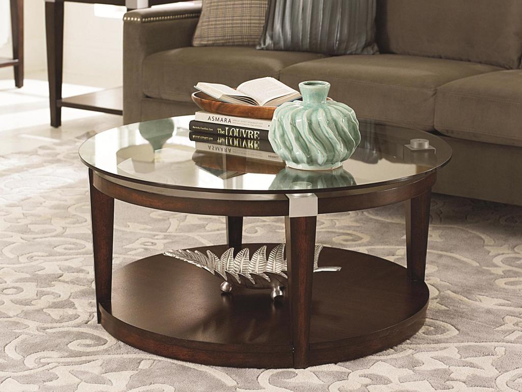 Bàn trà nhật cho không gian phòng khách kết hợp chân bàn và kính cường lực