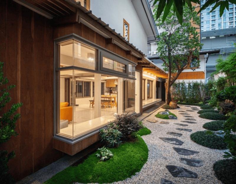 Biệt thự sân vườn trong khu vực thành phố với diện tích nhỏ theo phong cách thiết kế nhà vườn kiểu Nhật