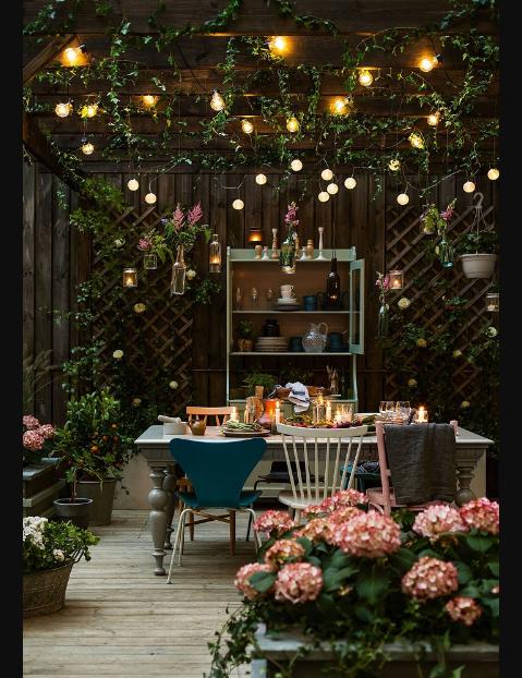 Biệt thự sân vườn với tiểu cảnh sân vườn đẹp theo phong cách Châu Âu