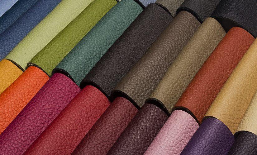 Da PU có màu đậm và sắc nét hơn so với da PVC