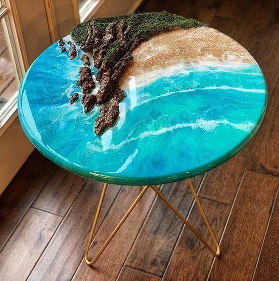 Chiếc bàn đẹp mắt được kết hợp từ Epoxy và gỗ