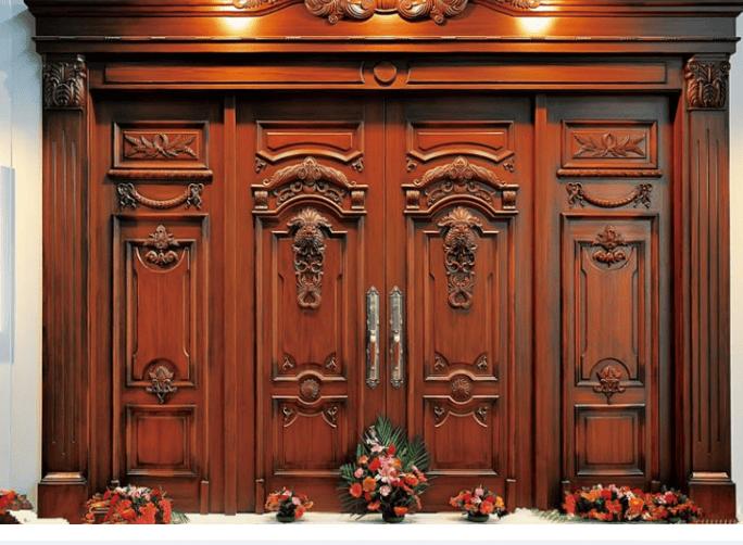 Thiết kế cửa 4 cán đẹp phong cách tân cổ điển cho nhà biệt thự