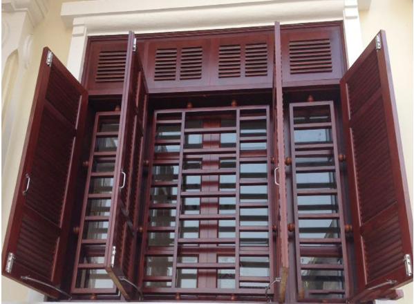 Cửa sổ có ô gióđược thiết kế theo kiểu truyền thống Việt Nam