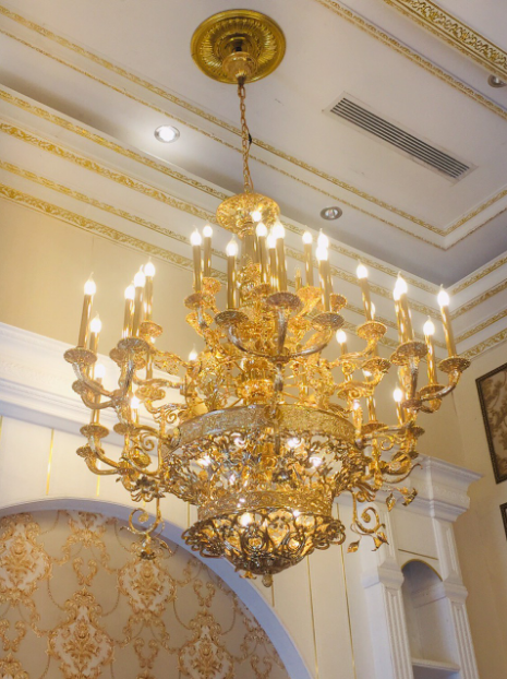 Đèn chùm mạ vàng đẳng cấp