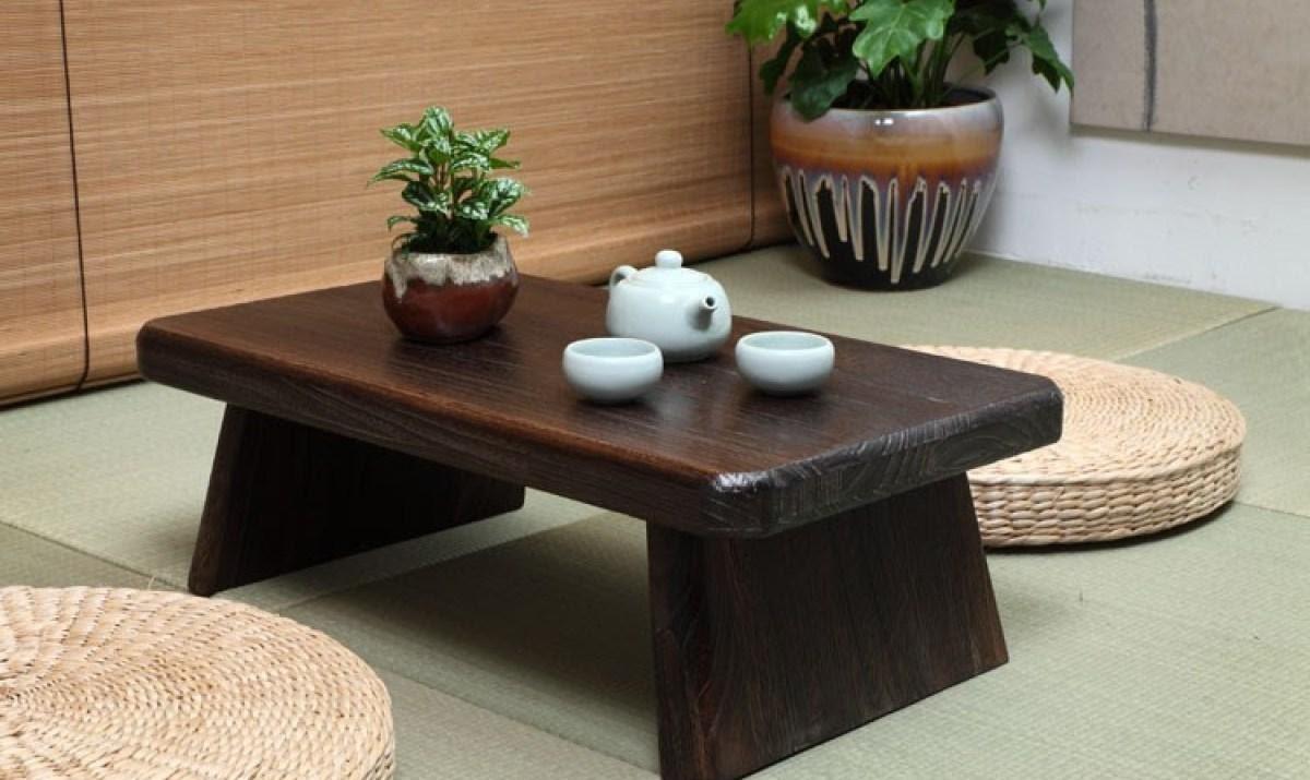 Bàn trà nhật có kết cấu đơn giản kiểu dáng nhỏ gọn