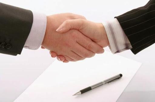 Ký hợp đồng thi công nội thất