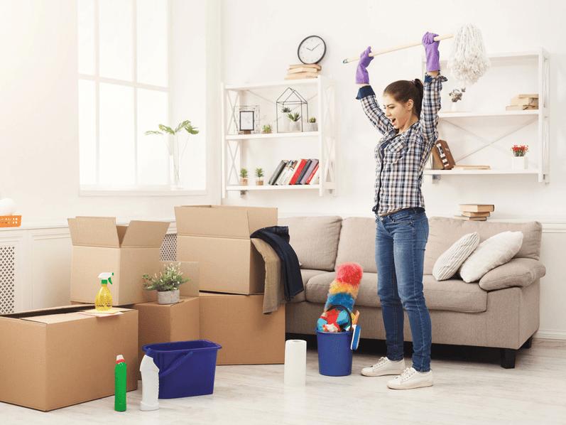 Loại bỏ những thứ không cần thiết ra khỏi nhà hoặc sắp xếp vào kho chứa đồ