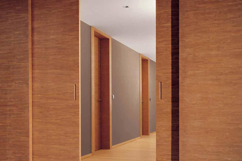 Mẫu cửa lùa bằng gỗ thanh lịch kích thước lớn