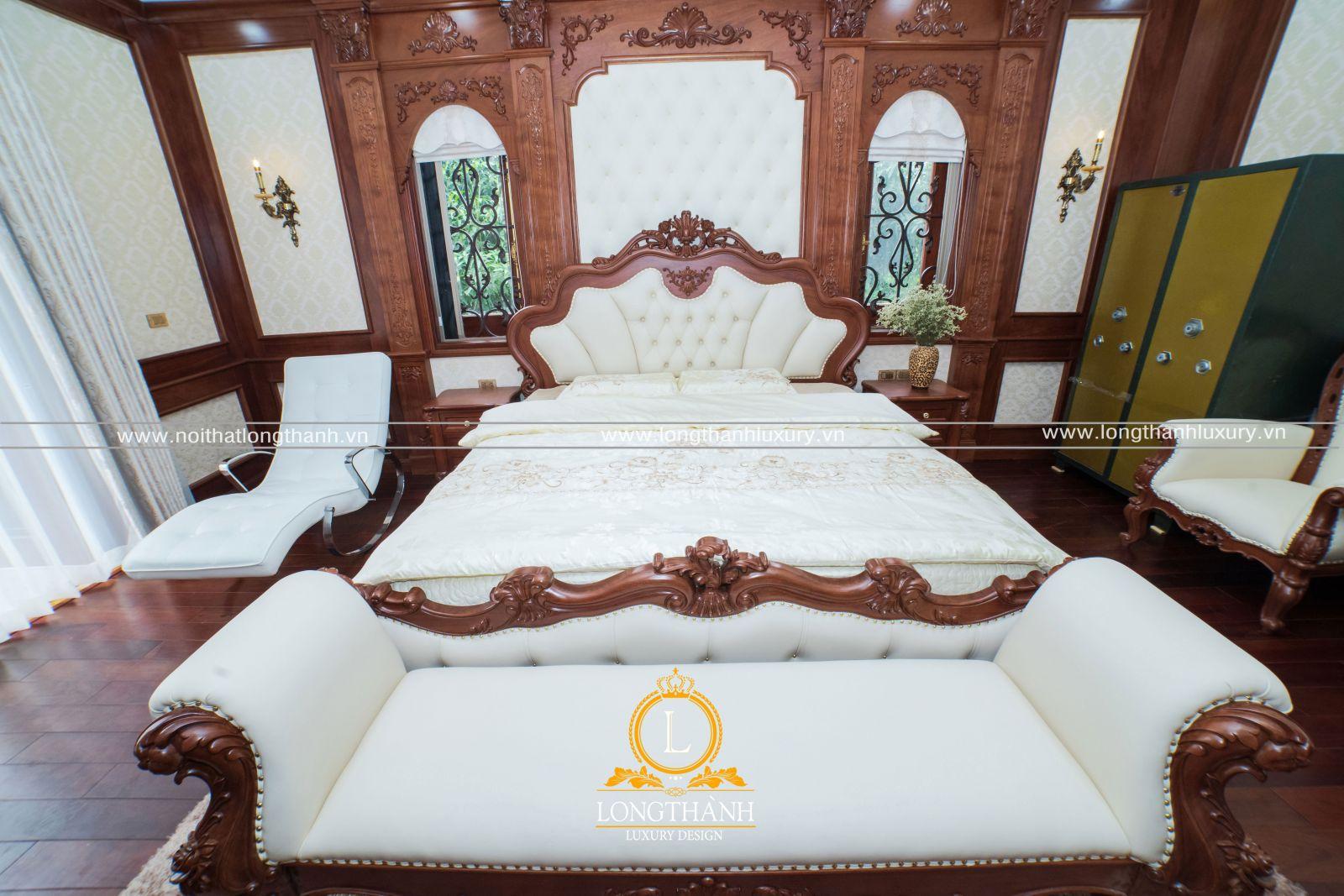 Giường ngủ tân cổ điển với gỗ Gõ đỏ tự nhiên cao cấp