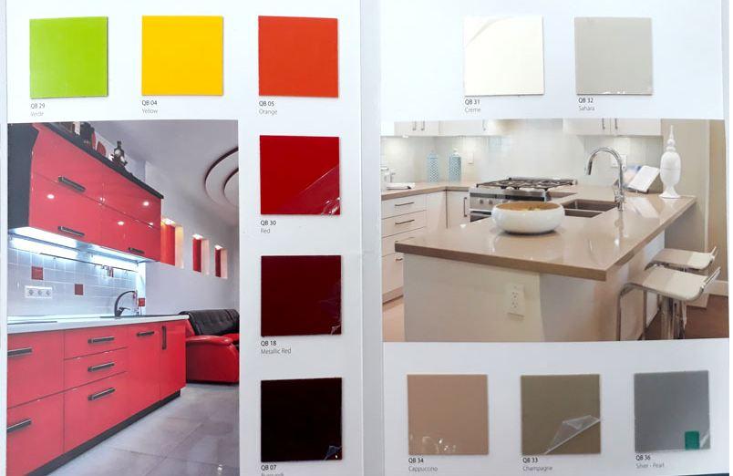 Chất liệu nhựa acrylic với nhiều màu sắc đa dạng