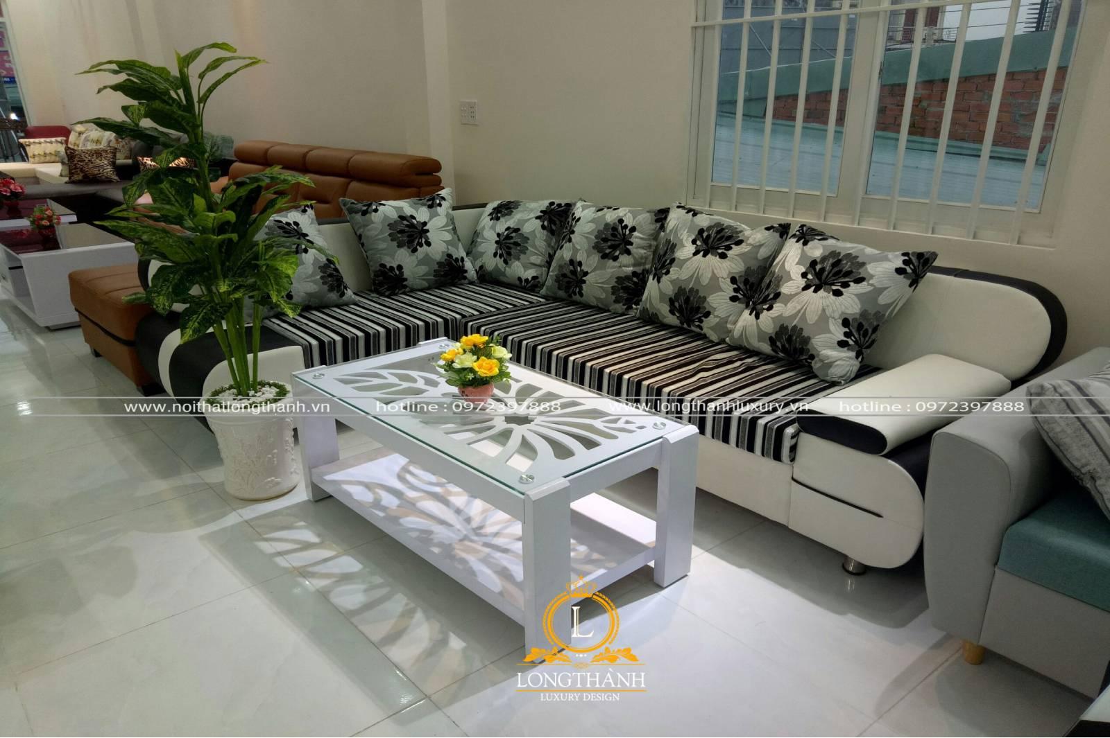 Sofa góc có kiểu dáng kích thước đa dạng với không gian phòng khách