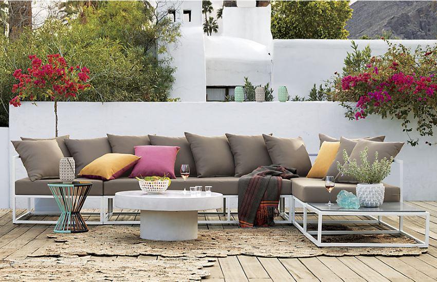 Bộ sofa ngoài trời với nhiều màu sắc phong phú độc đáo bắt mắt