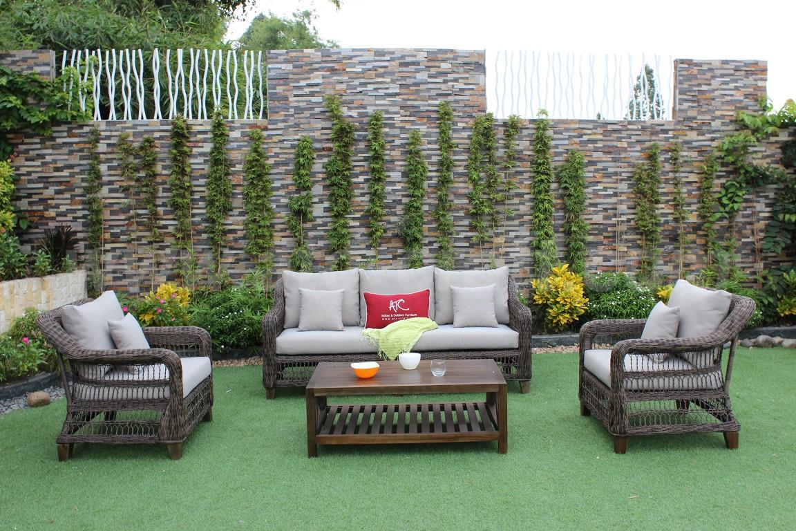 Bộ sofa ngoài trời ang trọng tiện lợi cho không gian nhà biệt thự rộng