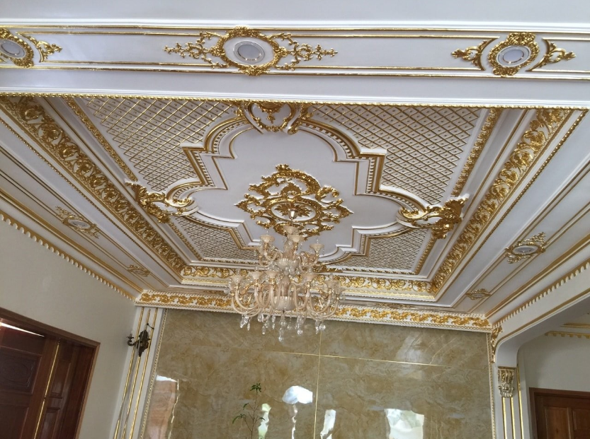 Trần thạch cao phong cách cổ điển