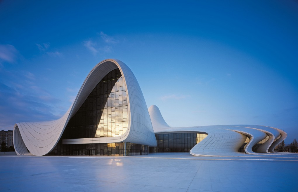 Mẫu thiết kế Trung tâm văn hóa Heydar Aliyev ở thủ đô Baku của Azerbaijan
