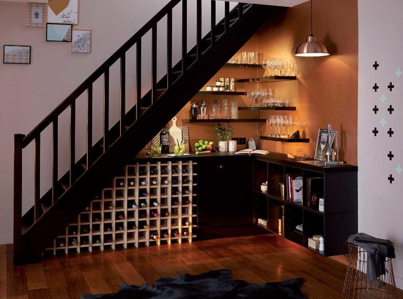 tủ rượu gầm cầu thang kết hợp bàn bar