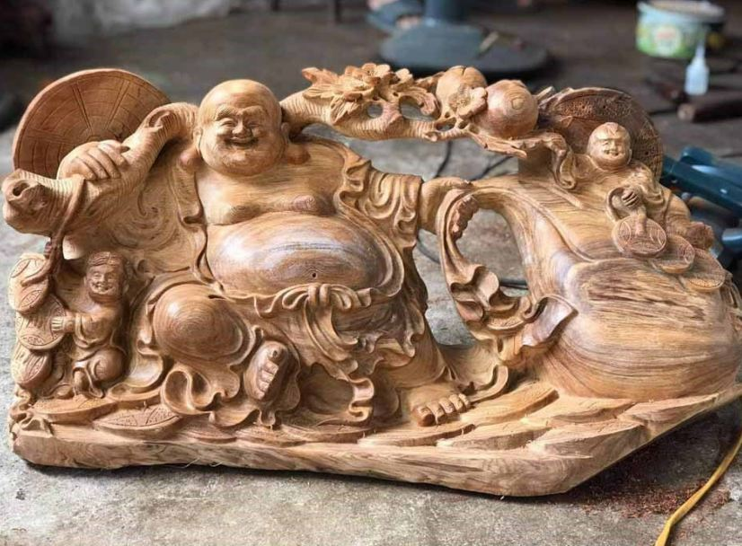 Tượng phật trang trí cho không gian phòng khách, phòng làm việc làm từ gỗ Ngọc am
