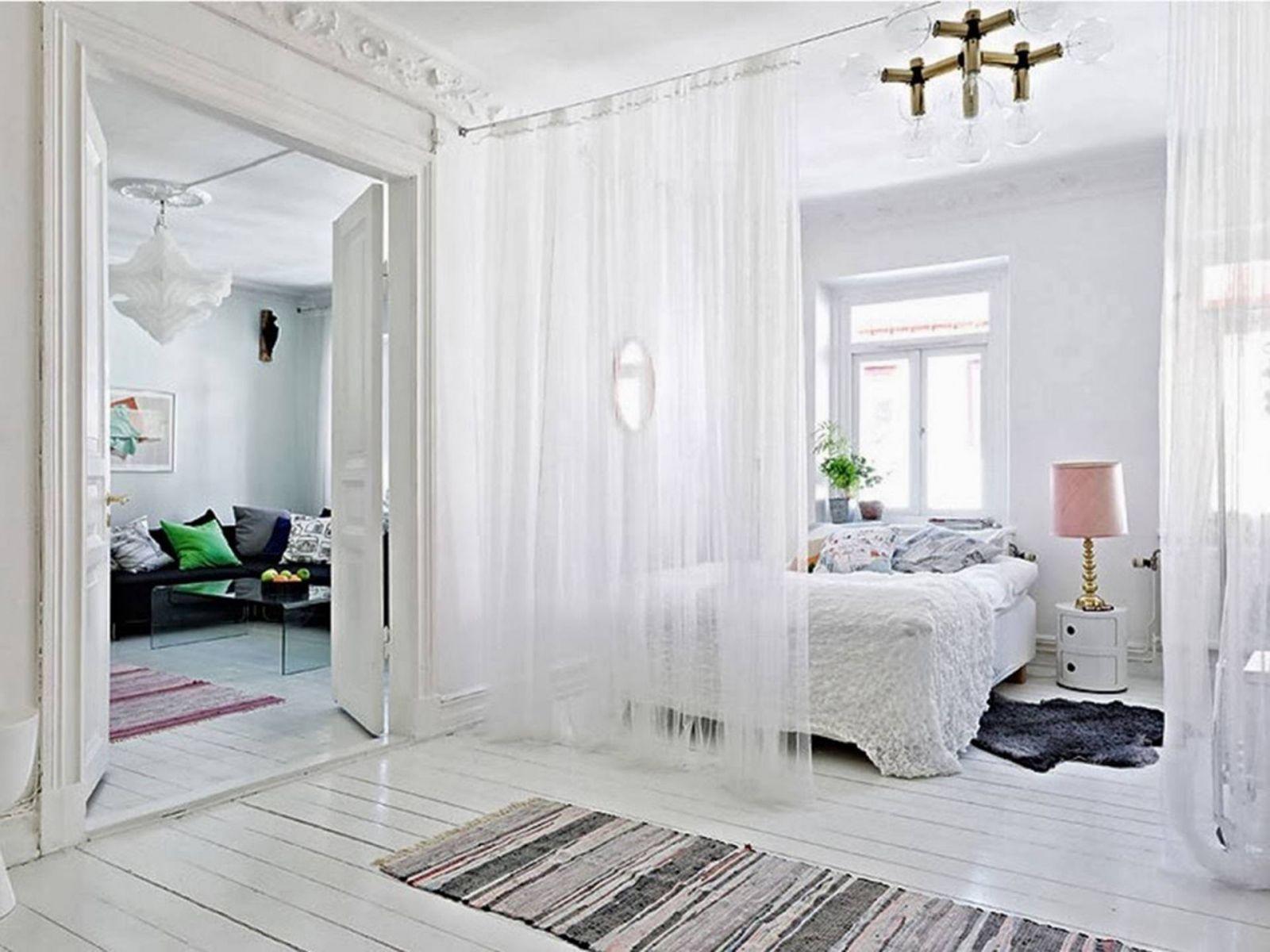 Vách ngăn phòng ngủ bằng vải nhẹ nhàng